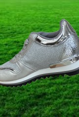 Adidas Argintiu foarte fain!